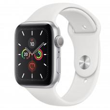 Apple Watch Series 5, 44 мм, корпус из алюминия серебристого цвета, спортивный ремешок белого цвета